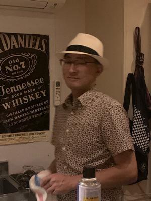 文二郎帽子店のお客様